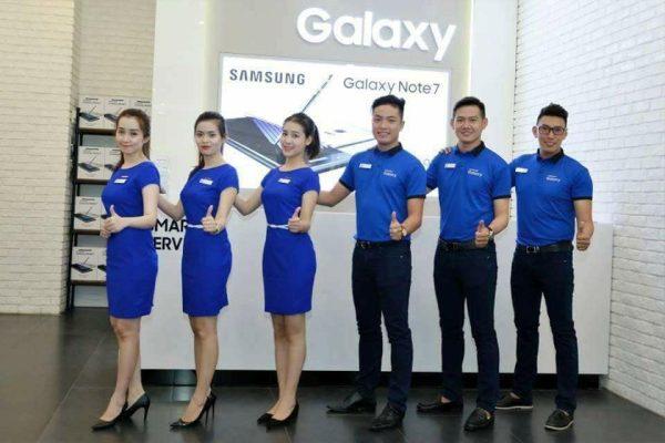 Đồng phục công ty Samsung đơn giản và thu hút