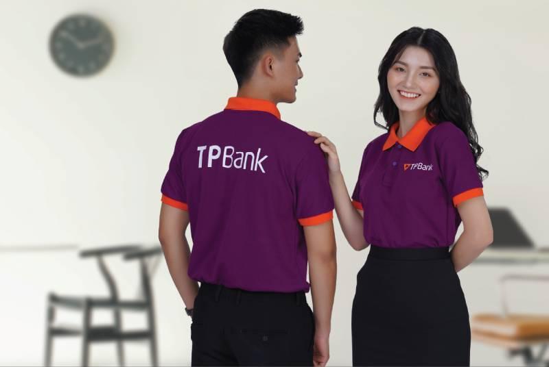 Áo đồng phục công ty giúp kéo gần khoảng cách giữa các nhân viên