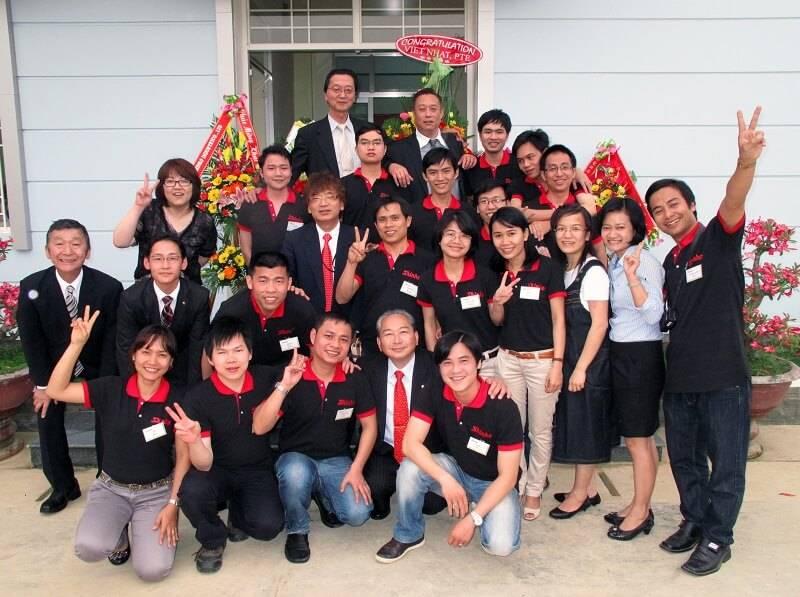 Đồng phục Bách Hưng Thuận đem đến cho doanh nghiệp các mẫu đồng phục đẹp và ấn tượng