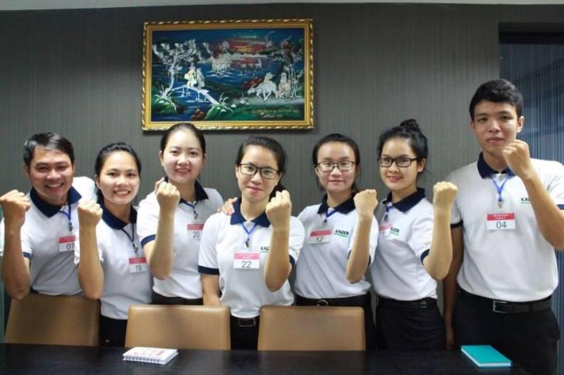 Được biết đến là công ty may đồng phục có nhiều năm kinh nghiệm trên thị trường, đồng phục Chu Thúy đang ngày càng khẳng định vị thế vững chắc của mình