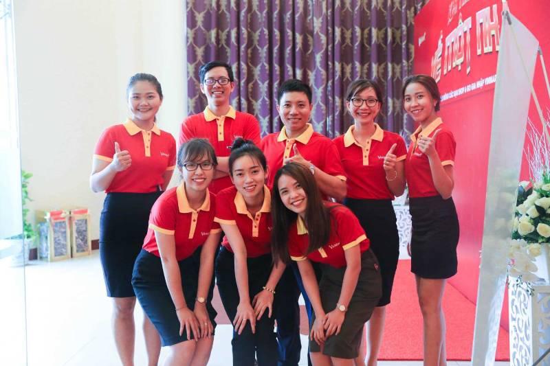 Bên cạnh phát triển dịch vụ in áo đồng phục thì In Nhanh Hạ Long cũng chú trọng đẩy mạnh khâu sản xuất và cung cấp đồng phục công ty cho các doanh nghiệp của tỉnh
