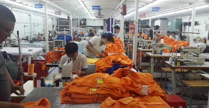 Công ty may áo đồng phục giá rẻ có nhà xưởng sản xuất trực tiếp