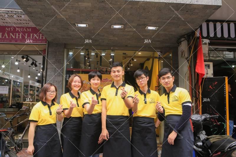 Áo đồng phục công ty có cổ để đảm bảo tính chuyên nghiệp, lịch sự cho hình ảnh doanh nghiệp
