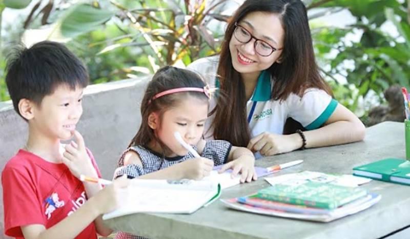 Gia sư thêm tại nhà đòi hỏi bạn cần có kiến thức chuyên môn và khả năng giảng giải, truyền đạt dễ hiểu