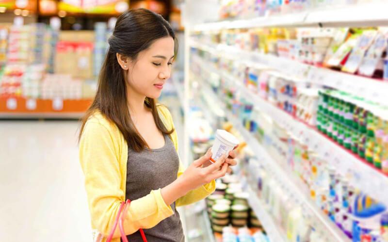 Để tiết kiệm tiền cho bạn và gia đình thì chỉ nên mua những đồ dùng thực sự cần thiết cho nhu cầu hiện tại