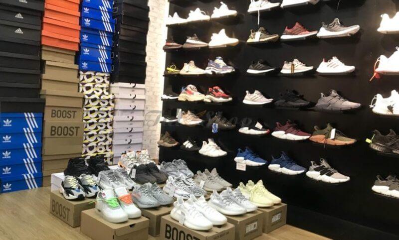 Authentic Shoes đem đến đa dạng các mẫu giày thể thao nam chính hãng với giá thành tốt nhất trên thị trường