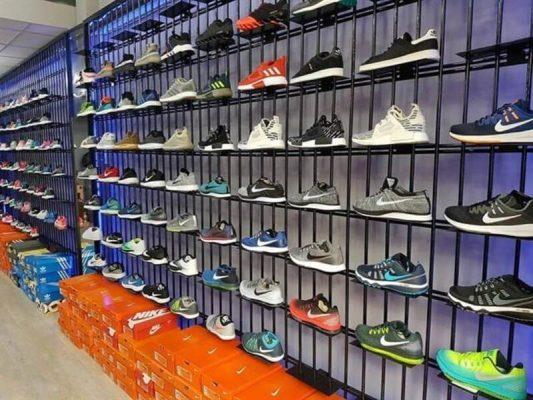 Được biết đến là cửa hàng chuyên giày thể thao nam uy tín, chất lượng dành cho nam giới