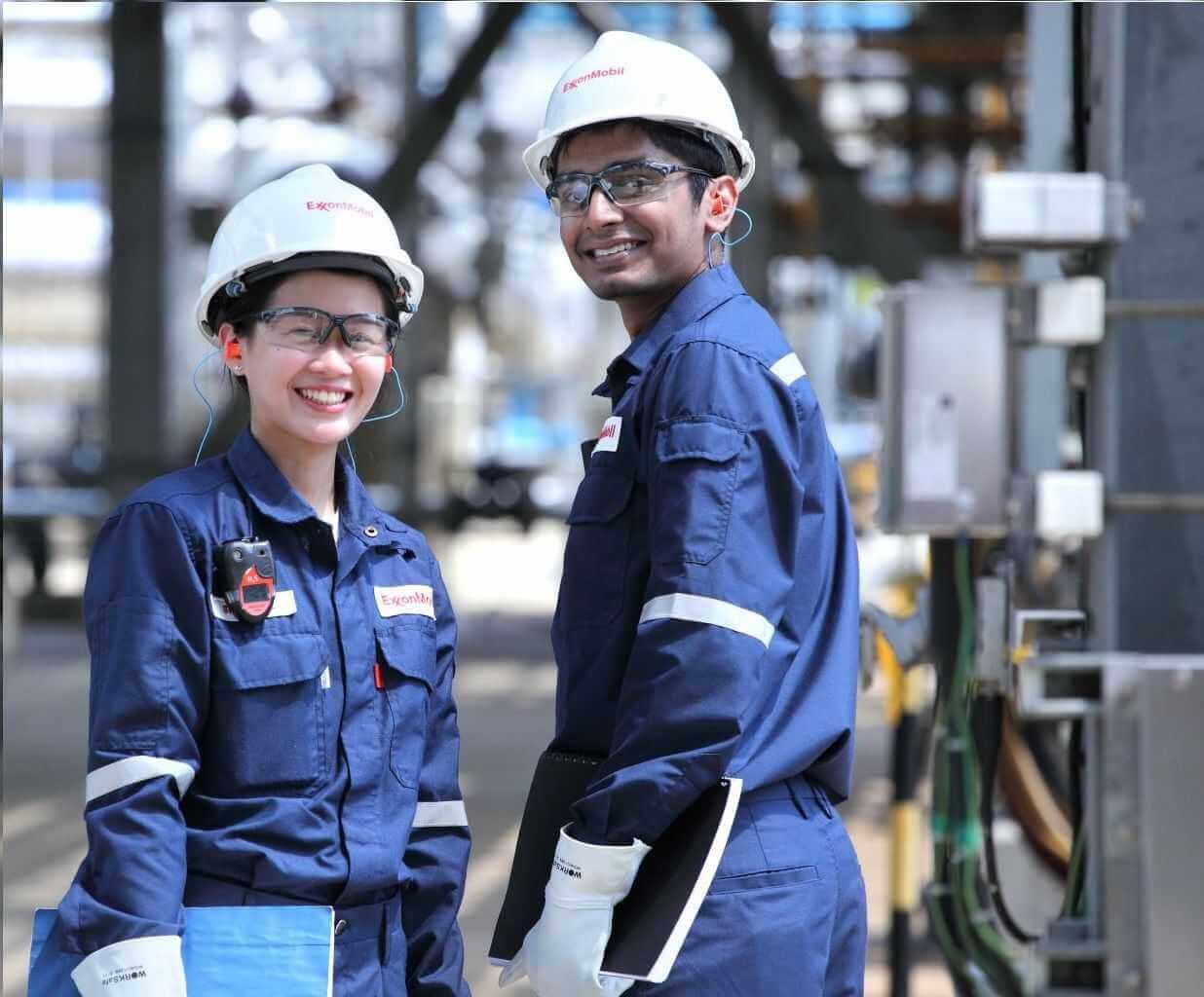 Mẫu đồng phục nhân viên dầu khí