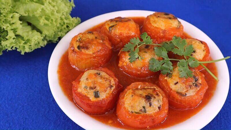 Cà chua nhồi thịt - món ăn ngon từ nồi chiên không dầu cho bữa cơm đậm vị