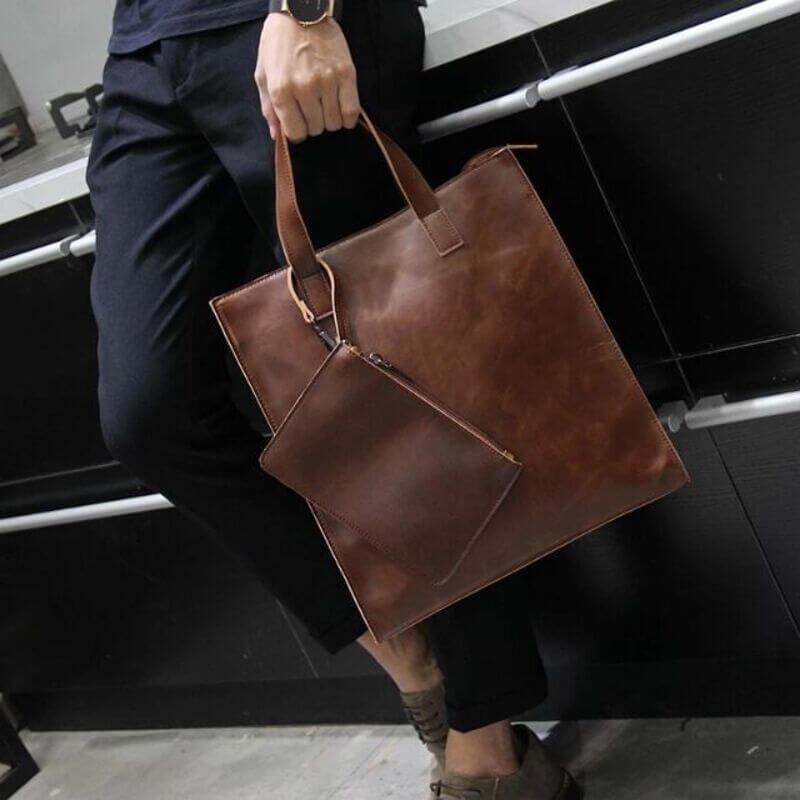 Tote bag với kiểu dáng thời trang cùng thiết kế tiện dụng có thể đựng laptop cho nam khi đi làm văn phòng